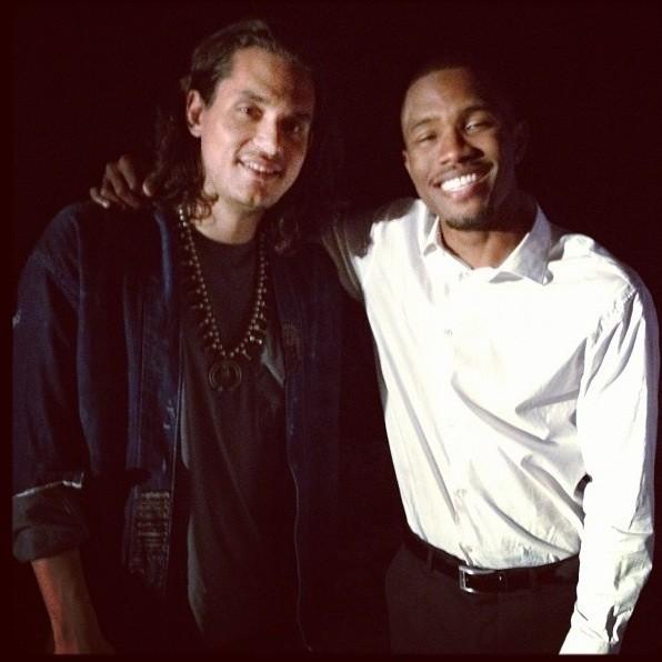 frank ocean john mayer e1347373210812 Frank Ocean to perform with John Mayer on Saturday Night Live