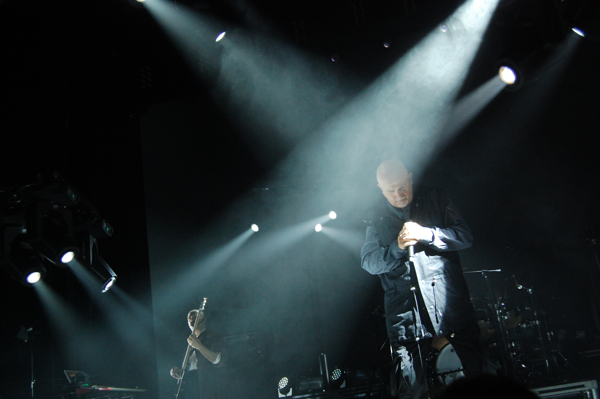 Peter-Gabriel-United-Center-Roffman-2012-39