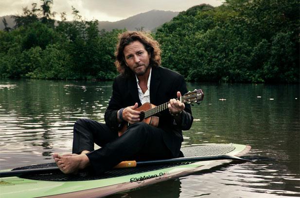 eddievedderwateruke Eddie Vedder to host SiriusXM radio show
