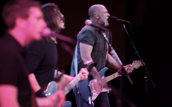 mould grohl husker du Watch Dave Grohl and Bob Mould perform Hüsker Düs Ice Cold Ice
