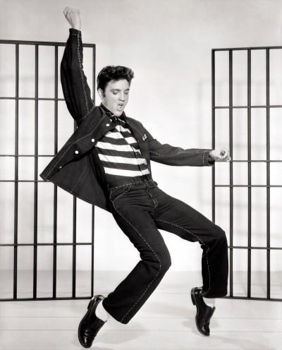 elvis presley 500 e1357670433612 Rock History 101: Elvis Presley Shakes Up American Culture