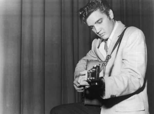 elvis presley 600 e1357669446534 Rock History 101: Elvis Presley Shakes Up American Culture