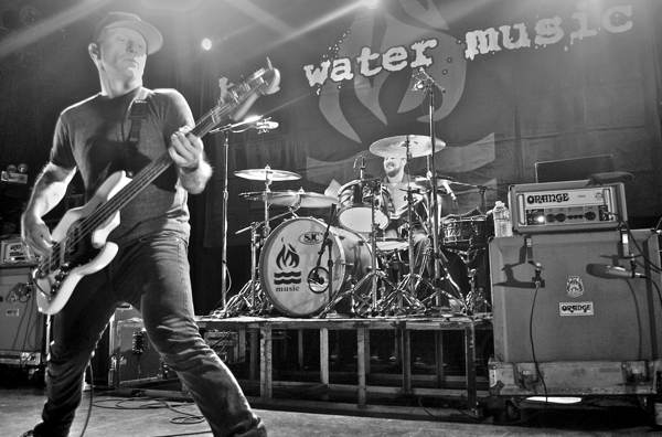hwm pfleegor2 Live Review: Hot Water Music at Chicagos Metro (1/31)