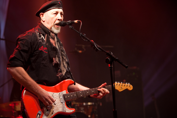 richard thompson shepherds bush empire 250213 0063 Live Review: Richard Thompson at O2 Shepherds Bush Empire in London (2/25)