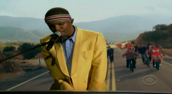 screen shot 2013 02 10 at 10.13.14 pm e1360556069423 Replay 2013 Grammy performances by Jack White, Frank Ocean, Justin Timberlake