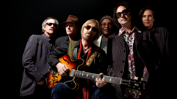 tom petty heartbreakers e1362061163304 Tom Petty and the Heartbreakers announce intimate U.S. tour dates