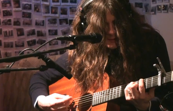 "kurt vile 600 Watch Kurt Vile perform new songs, ""Never Run Away"" and ""Wakin On A Pretty Daze"""