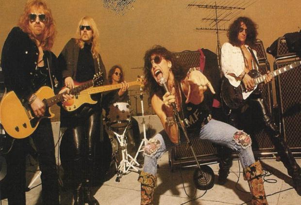 aerosmithgetagrip Dusting Em Off: Aerosmith   Get a Grip