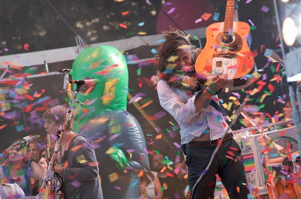 flaminglipsfeat The Flaming Lips to release Stone Roses covers album for Record Store Day