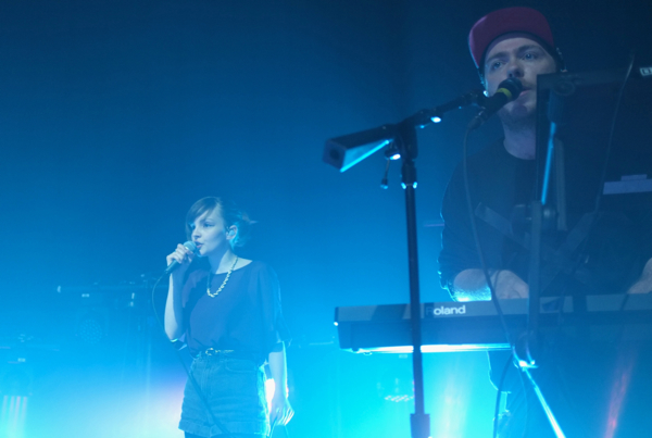 chvrches6002 Live Review: CHVRCHES at Chicagos Lincoln Hall (6/10)
