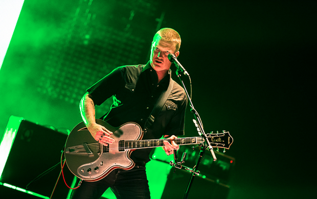 qotsafeaturedelgrande Watch Queens of the Stone Age perform on Letterman