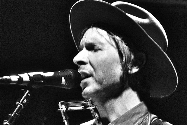 beckfeaturezschonfeld Live Review: Beck at New Yorks (Le) Poisson Rouge (7/26)