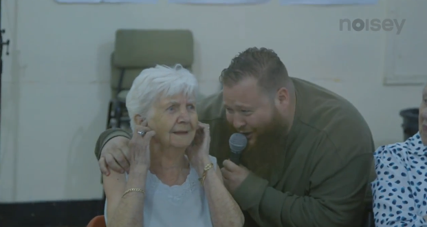 bronson oldpeople Watch Action Bronson perform Strictly 4 My Jeeps at a retirement home