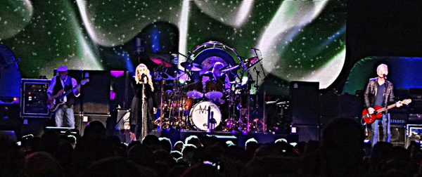 fleetwoodmac2013 Live Review: Fleetwood Mac at Los Angeles Staples Center (7/3)