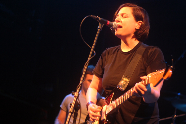 jenniferoconnor2 Live Review: Come at New York Citys Bowery Ballroom (6/28)