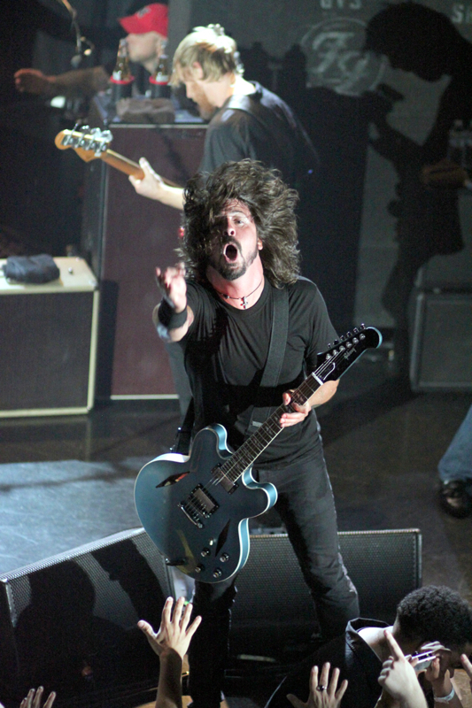 foofighters heatherkaplan Dave Grohl, Foo Fighters, and the new LP: What's their secret approach?