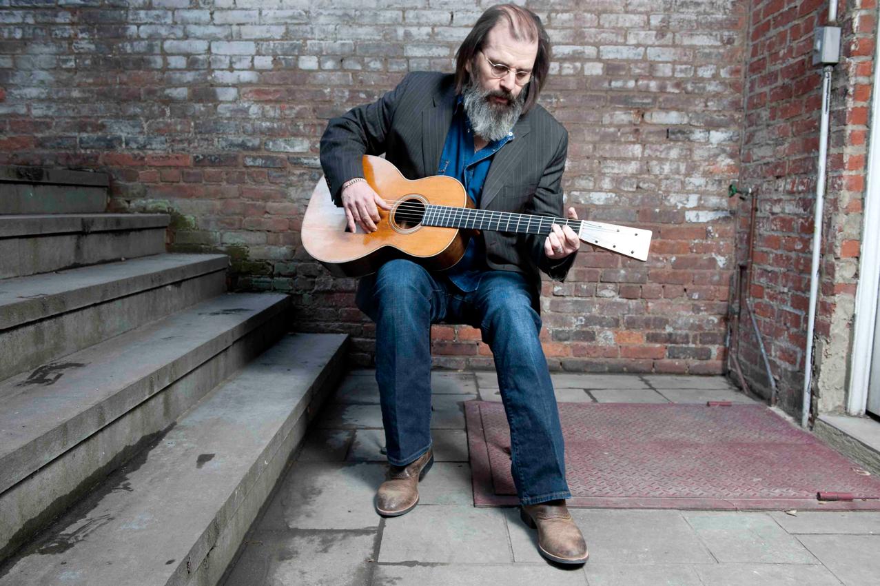 steve earle Ten Charitable Musicians Giving Back in Surprising Ways