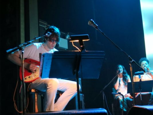 2013 09 10 20 29 20 Live Review: Spiritualized at New Yorks Webster Hall (9/10)