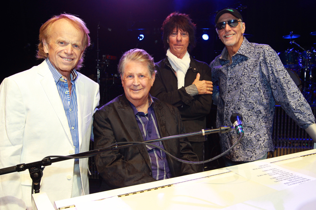 beck wilson feature Brian Wilson, Jeff Beck, David Marks, and Al Jardine debut tour at South Floridas Hard Rock Live (9/27)