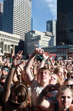 boston calling crowd 6 10 Things We Loved at Boston Calling: September 2013