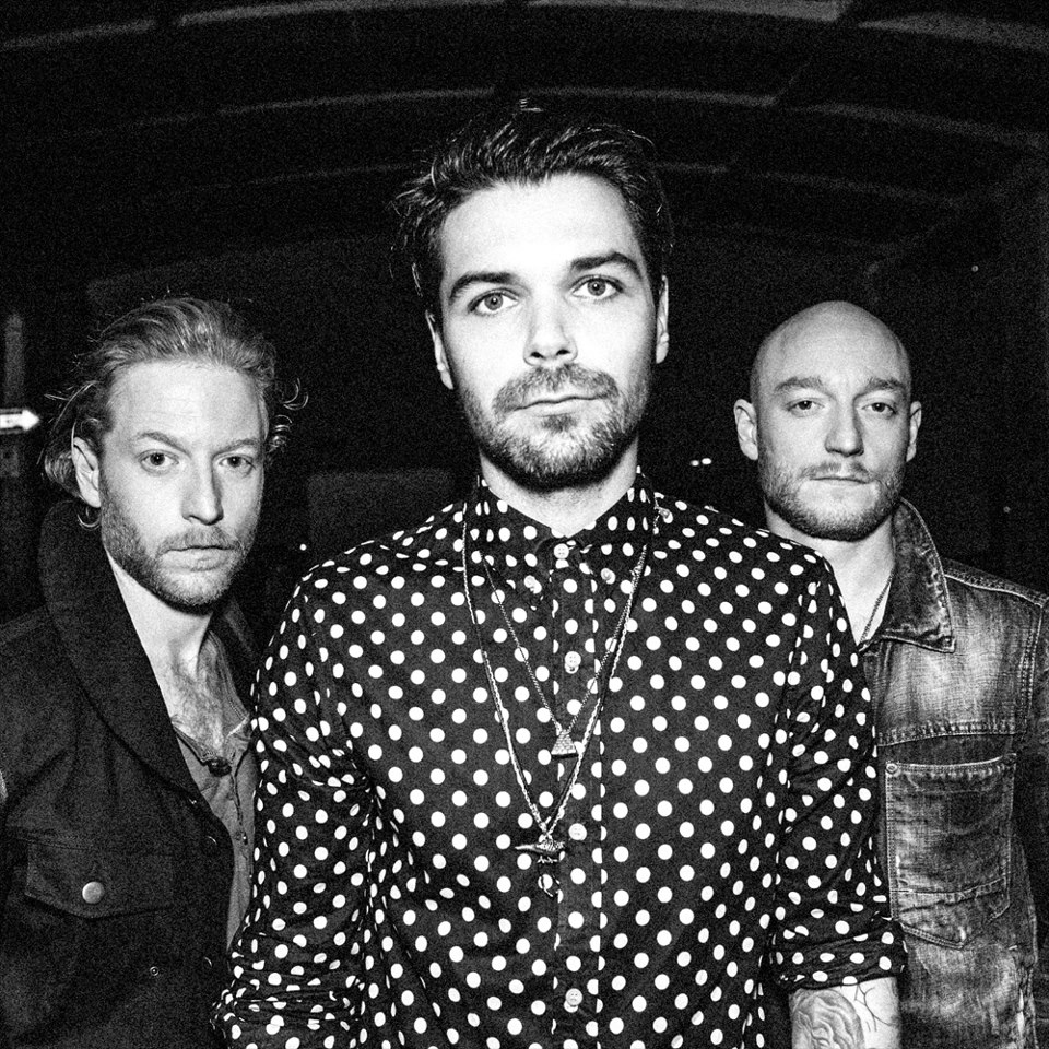 biffy Video Interview: Biffy Clyro talks fight with Nine Inch Nails, success in America