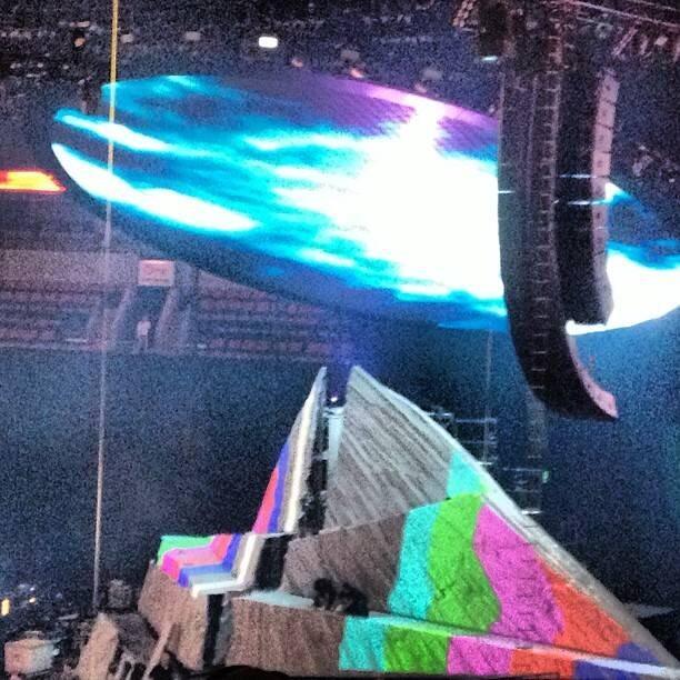 kanye stage
