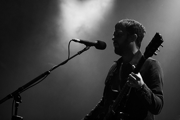 kingsofleonbachrodt8 Kings of Leon announce 2014 headlining tour