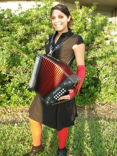 reginehalloween Halloween Costume Ideas: Be Your Favorite Musican