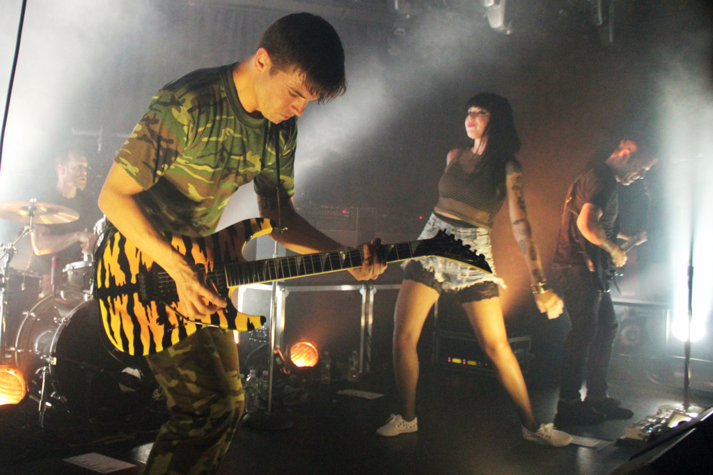 sleighbells2 1024x682 Live Review: Sleigh Bells at NYCs (Le) Poisson Rouge (10/5)