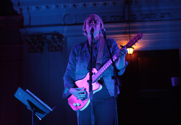 catpower drew 2 Live Review: Cat Power at DCs Sixth & I Synagogue (11/13)