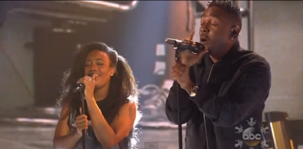 kendrick2 Video: Kendrick Lamar performs with SZA at 2013 AMAs