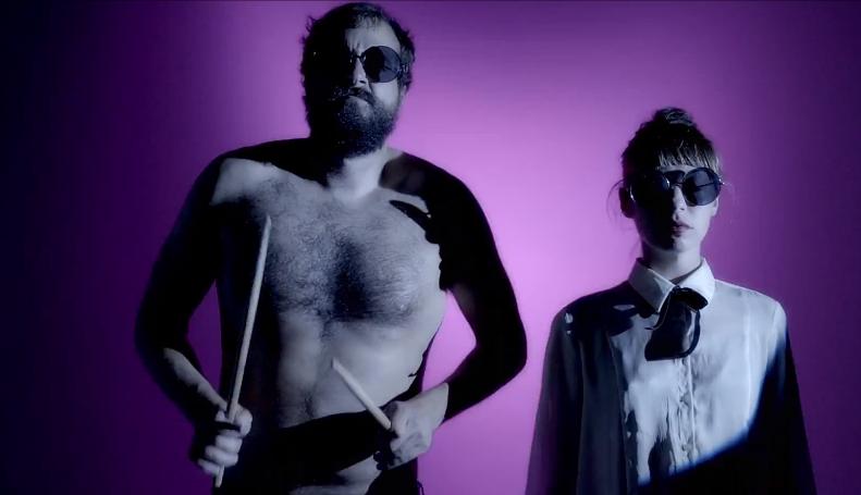 wampiregiantspic2 Wampires video for Giants portrays the strangest couple ever