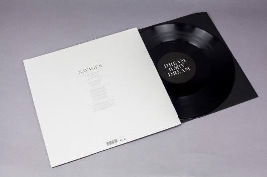 savages12inch02 Savages announce 12 inch featuring two new songs