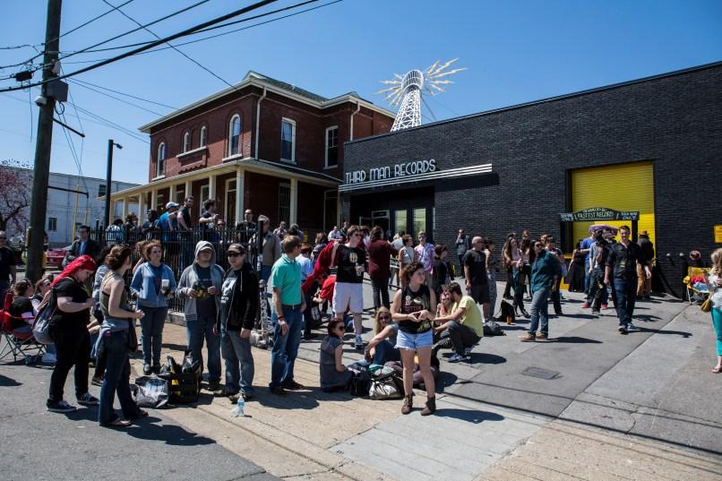 rsd tmr 2014001 Jack White Returns: Record Store Day at Third Man Records