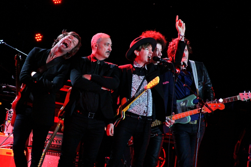 beck1 Top 10 Music Festival Headliners in North America: Summer 2014 Power Rankings
