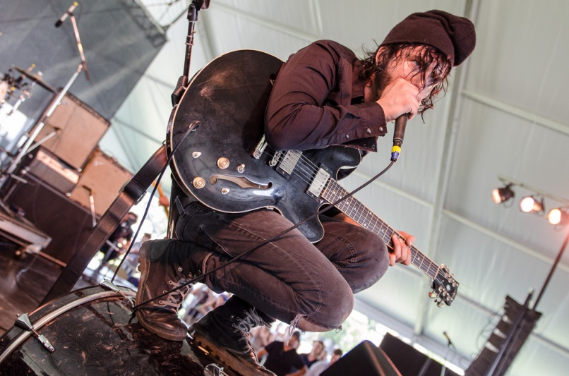 Reignwolf-BenKaye-NewportFolk2014-19