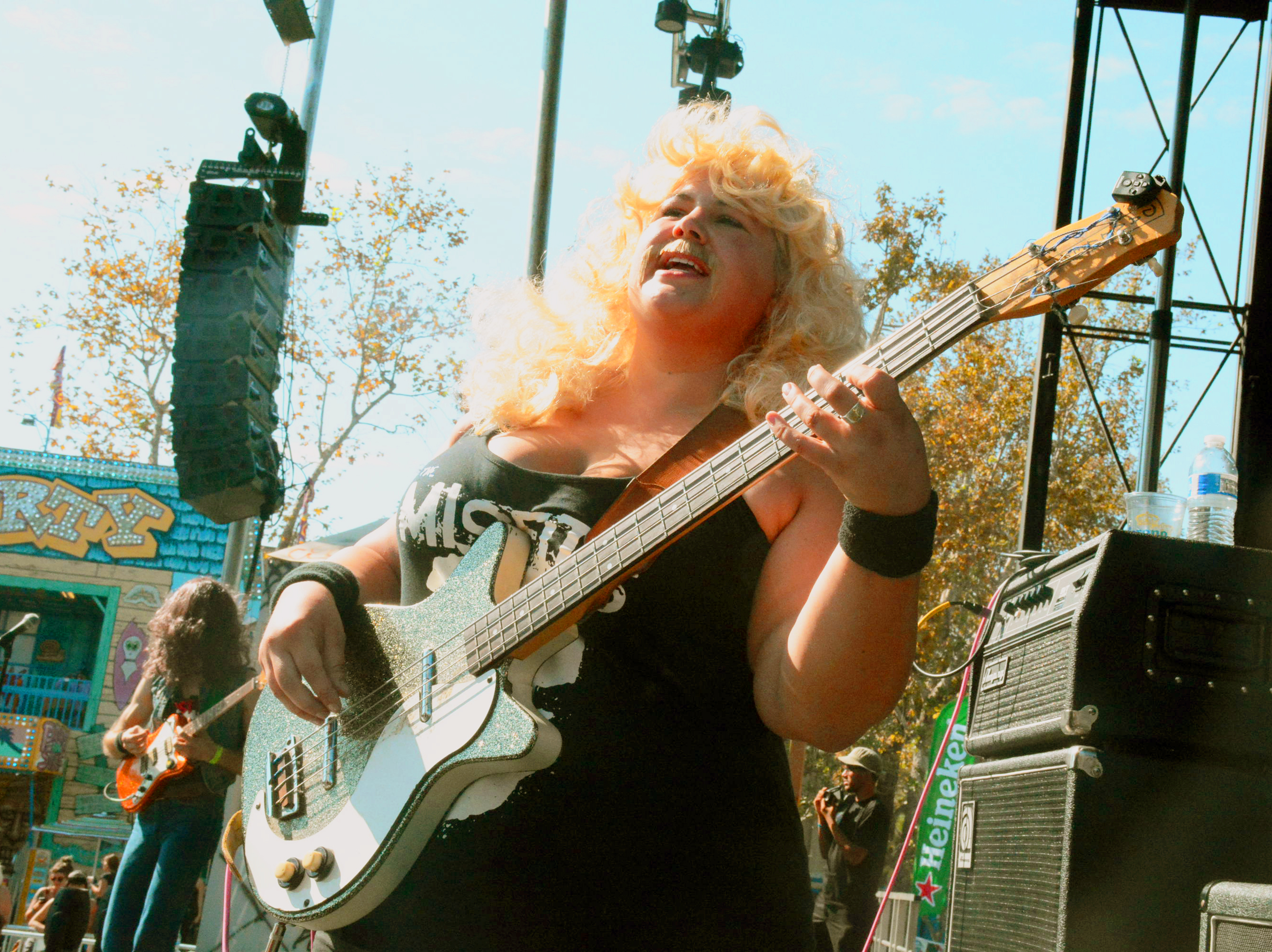 Shannon and the Clams // Photo by Samuel Perez