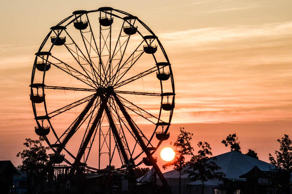 Bonnaroo Sunrise -- Photo by Amanda Koellner