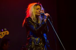 James Williamson ft. Alison Mosshart // Photo by Philip Cosores