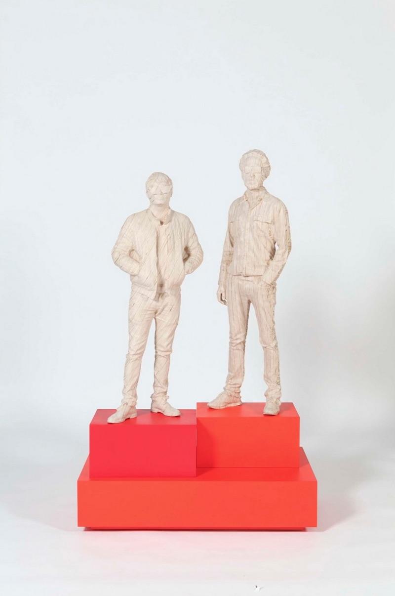Daft Punk sculpture - no helmets