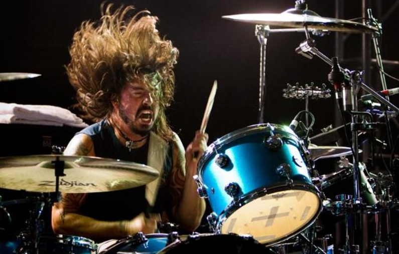 "Dave Grohl plays Nirvana's ""In Bloom"" with Trombone Shorty: Watch"