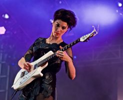 St. Vincent // Photo by NYPics
