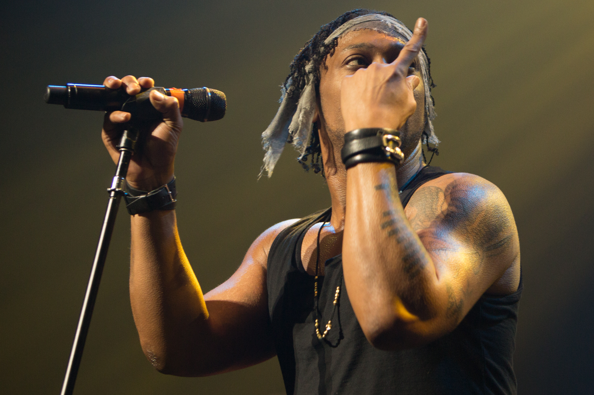 D'Angelo and the Vanguard // Photo by Philip Cosores