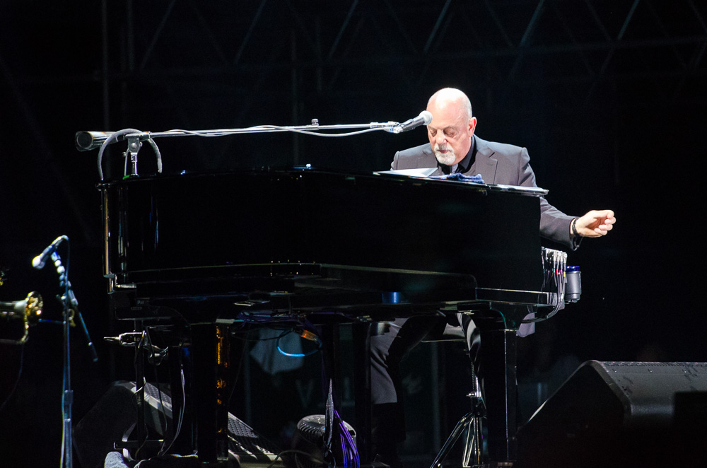 Ben-Kaye-Bonnaroo-2015-Billy-Joel-8