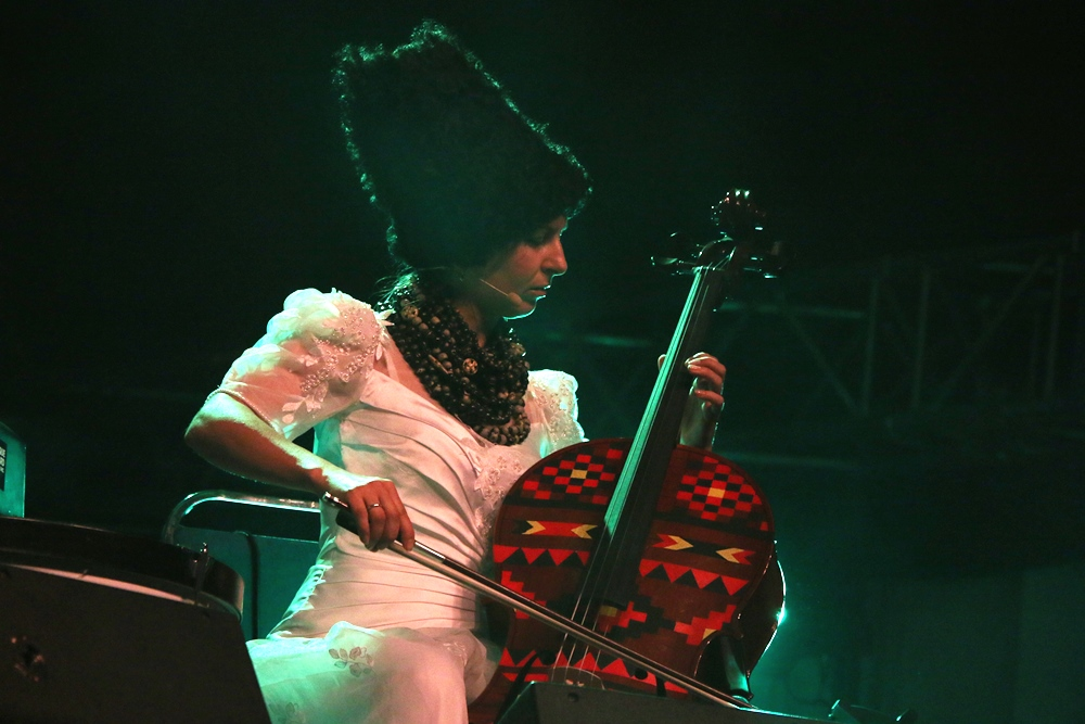 Nina Corcoran, DakhaBrakha 7