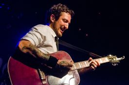 Frank Turner and the Sleeping Souls // Photo by Ben Kaye