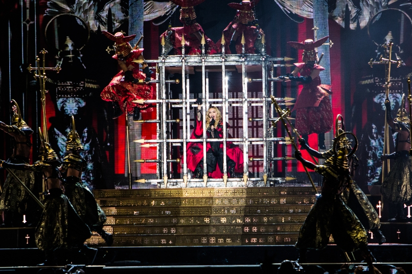 Live Review: Madonna at Los Angeles' The Forum (10/27)