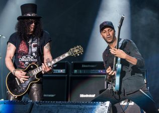 Slash and Tom Morello // Photo by David Brendan Hall
