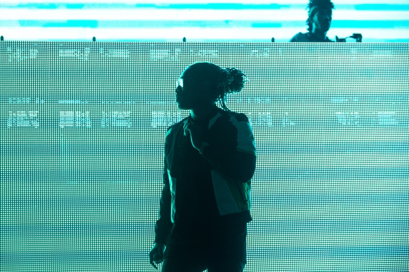 02-Future