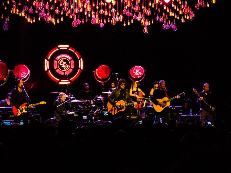 03-Jeff-Lynne's-ELO